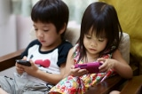 6 cách để khuyến khích trẻ chơi đùa mà không cần đến điện thoại