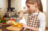 Ở độ tuổi nào trẻ có thể tự thực hiện những kỹ năng sống cơ bản?