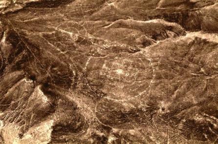 Phát hiện mandala của Ấn Độ cổ trong những hình vẽ trên cao nguyên Nazca, Peru