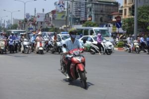 Ý thức cảnh báo nguy hiểm: Người Việt cầm tù bản thân như thế nào?