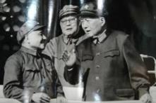 Mao Trạch Đông trưng cầu ý kiến về Cách mạng Văn Hóa nhưng không một ai dám nói gì