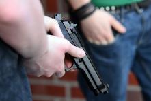Vì sao Mỹ không cấm người dân sử dụng súng?