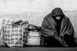 Hãy xem cách mà cậu bé 5 tuổi ở Mỹ đối xử với người vô gia cư