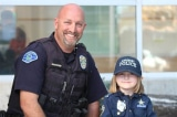 """Bé gái 4 tuổi tặng """"heo tiết kiệm"""" cho viên cảnh sát mắc bệnh hiểm nghèo"""