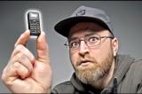 Điện thoại nhỏ nhất thế giới: Nghe gọi tốt, to chưa bằng ngón tay cái