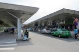 Cục Hàng không Việt Nam đề xuất dừng thu phí ô tô vào sân bay