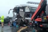 Tài xế xe khách lên tiếng vụ tông xe cứu hoả trên đường cao tốc