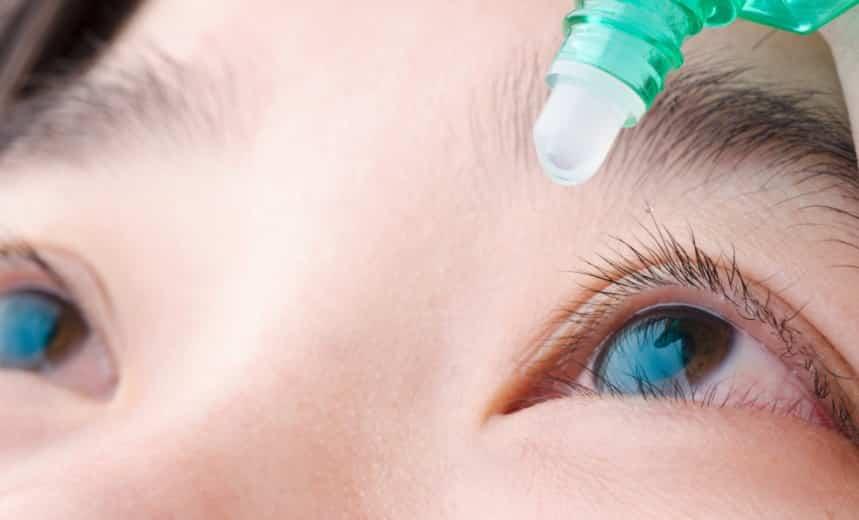 'Thuốc nhỏ mắt nano' – Tiềm năng hàn gắn giác mạc và chữa cận thị, viễn thị