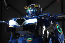 'Transformer' phiên bản đời thực: Từ robot sang xe hơi và ngược lại