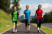 4 phương pháp đi bộ có hiệu quả trị bệnh
