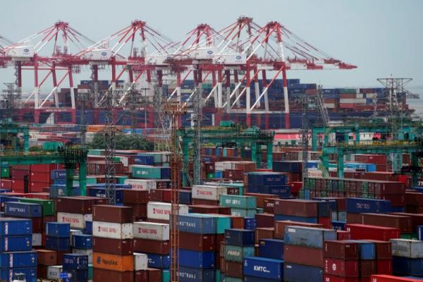 Xuất khẩu của Singapore chuyển hướng từ TQ sang Mỹ, EU