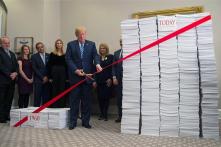 Trump tiết kiệm 33 tỷ USD, Obama thêm 245 tỷ USD chi phí hành chính