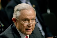Tổng Chưởng lý Jeff Sessions từ chức ngay sau ngày bầu cử