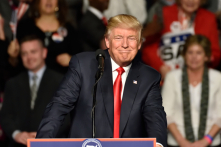 """Ông Trump gọi cuộc bầu cử là một """"chiến thắng lớn"""""""