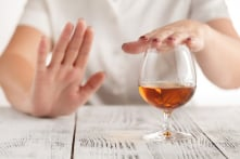 7 tín hiệu của cơ thể cảnh báo bạn không nên uống rượu nữa