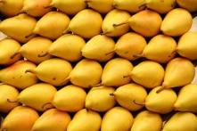 Mẹo để mua được hoa quả chín ngon mà không cần cắt ra ăn thử
