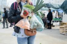 10 cách đơn giản để giảm thiểu rác thải nhựa trong nhà bạn
