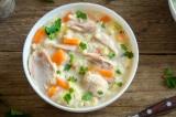 Tác dụng tuyệt vời của súp gà khi bạn bị ốm