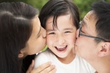 Nghiên cứu: Tình thương cha mẹ tác động lớn đến thành công của con sau này