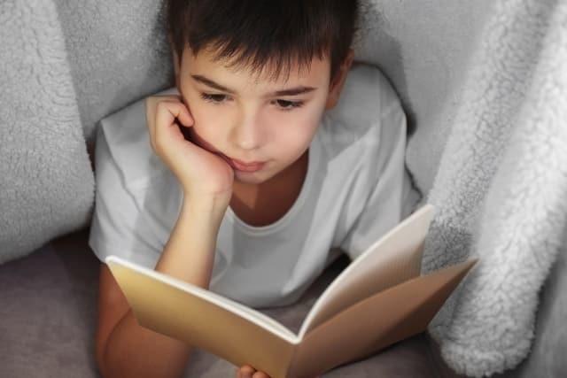 Để đọc khi con một mình…