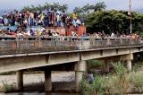 nguoi-dan-Venezuela-vuot-bien