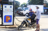 Xăng điện đồng loạt tăng giá: Hệ lụy gì chờ đợi người tiêu dùng?