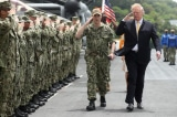 Donald-Trump-thi-sat-tau-the_Kaga
