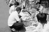 Bàn về việc đọc sách – Thu Giang Nguyễn Duy Cần