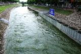 Hà Nội nói về vụ 'xả nước khiến cuốn trôi kết quả thí nghiệm làm sạch sông Tô Lịch'