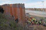 xây tường biên giới miền nam