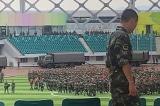 Hàng ngàn cảnh sát vũ trang ĐCSTQ diễn tập gần Hồng Kông