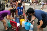 Hơn 2.000 cuộc gọi của người dân để 'cầu cứu' nước sạch