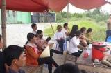 Chính quyền thất hứa, người dân lại dựng lều bạt chặn cổng Nhà máy rác Phú Hà