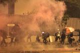 Hồng Kông: Không công khai thành phần đạn hơi cay, nhiều người hoang mang