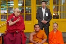 """Đạt Lai Lạt Ma: Bài học bi thảm """"một quốc gia, hai chế độ"""" của Tây Tạng"""