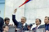 Khát vọng của người dân về xã hội chính nghĩa kéo sụp Liên Xô giả dối?