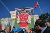 Truyền hình Trung Quốc hủy phát sóng trận Arsenal-Man City vì tweet của Ozil