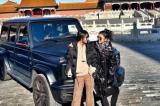 TQ: 'Cô gái quyền lực' ngang nhiên lái xe vào Cố Cung khiến dân mạng xôn xao
