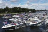 Florida: Hàng nghìn tàu thuyền, xe cộ diễu hành mừng sinh nhật TT Trump