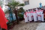 TQ: Nhà thờ mở cửa trở lại phải hát quốc ca và khen ngợi ông Tập