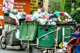 9.000 tấn rác đang ùn ứ khắp Hà Nội