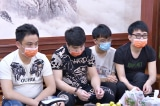 Quản lý khách sạn đưa 20 người Trung Quốc về thuê phòng